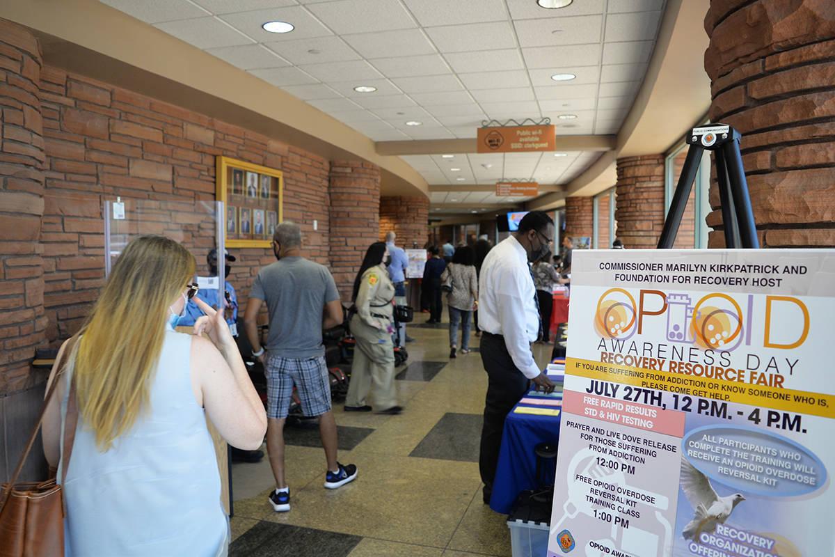 El Día de Concientización sobre los Opioides también permitió que la gente aprovechara recu ...