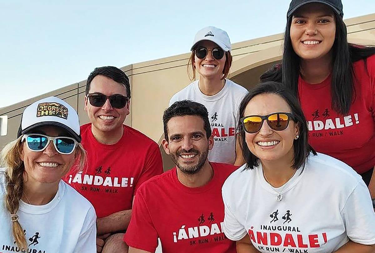 Grupo de abogados parte del grupo que forman la organización ANDALE. [Foto cortesía, vía la ...