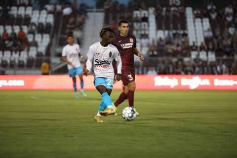 Frank Daroma, jugador oriundo de Sierra Leona, África, ha tenido un desempeño destacado en el ...