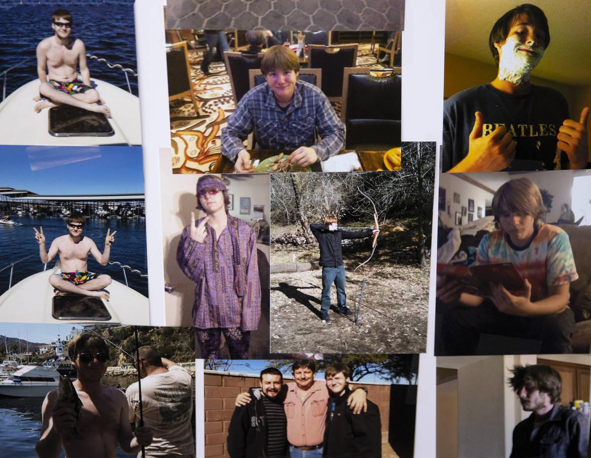 Fotografías de Roy Jaggers, de 27 años, de Las Vegas se muestran en la casa de su madre Kassy ...