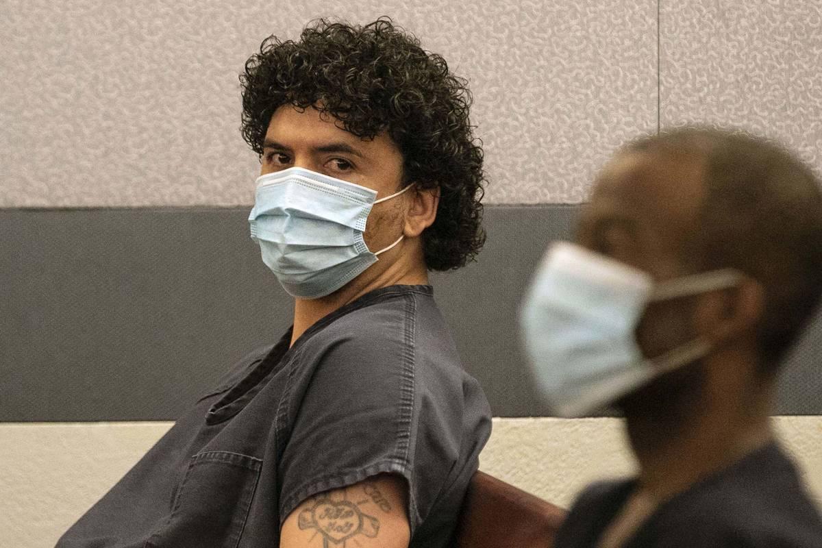 Silvino Hinojosa, a la izquierda, ex sous chef de TopGolf Las Vegas y sospechoso de agresión s ...