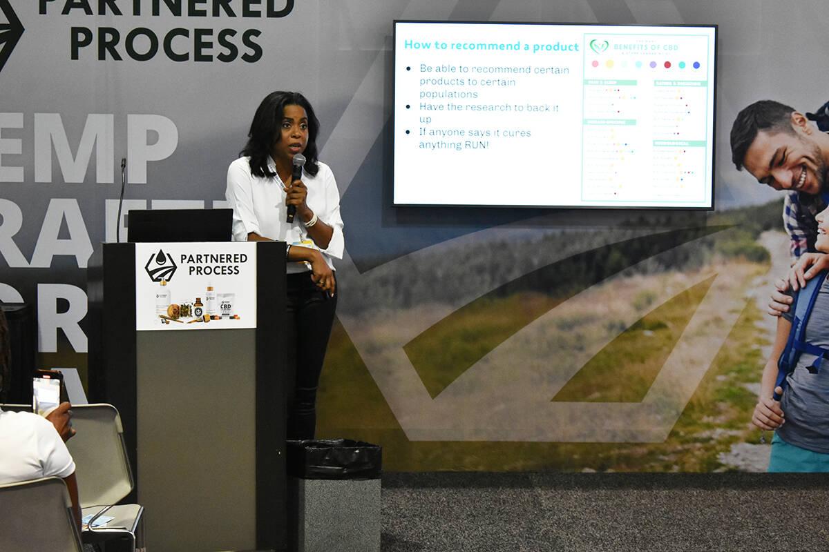 La Dra. Bridget Williams, propietaria de Green Harvest Health, brindó una conferencia sobre CB ...