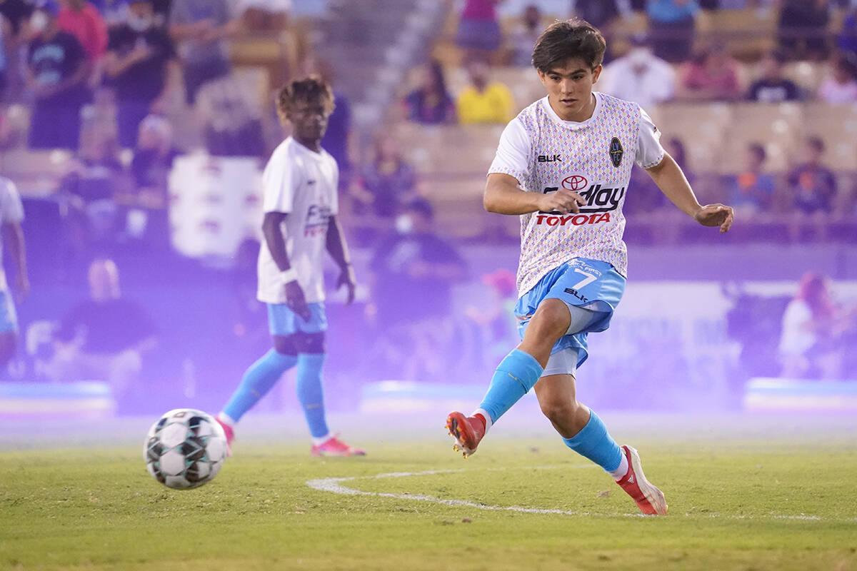 Las Vegas Lights FC perdieron 3-1 ante Sacramento Republic FC, representaba el primer partido e ...