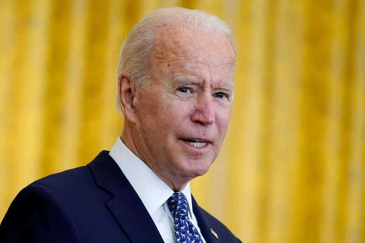 El presidente Joe Biden habla durante un evento para celebrar los sindicatos, en la Sala Este d ...