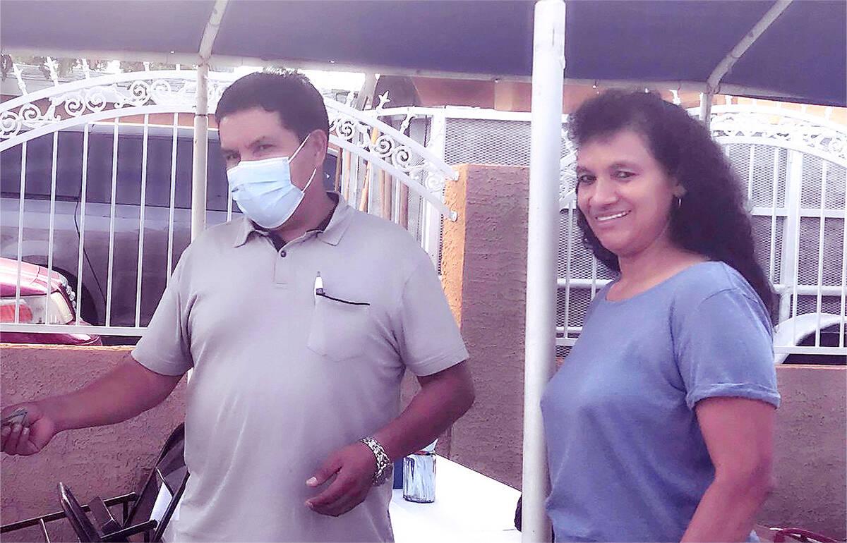 """Ramón Estrada, es un """"tepesiano"""" oriundo de El Salvador y propietario de una pequeña empr ..."""