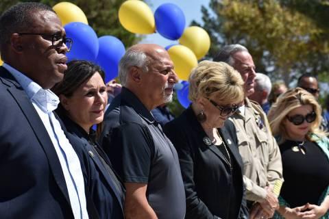 De izquierda a derecha, los concejales Cedric Crear, Victoria Seaman, Stavros Anthony, la alcal ...