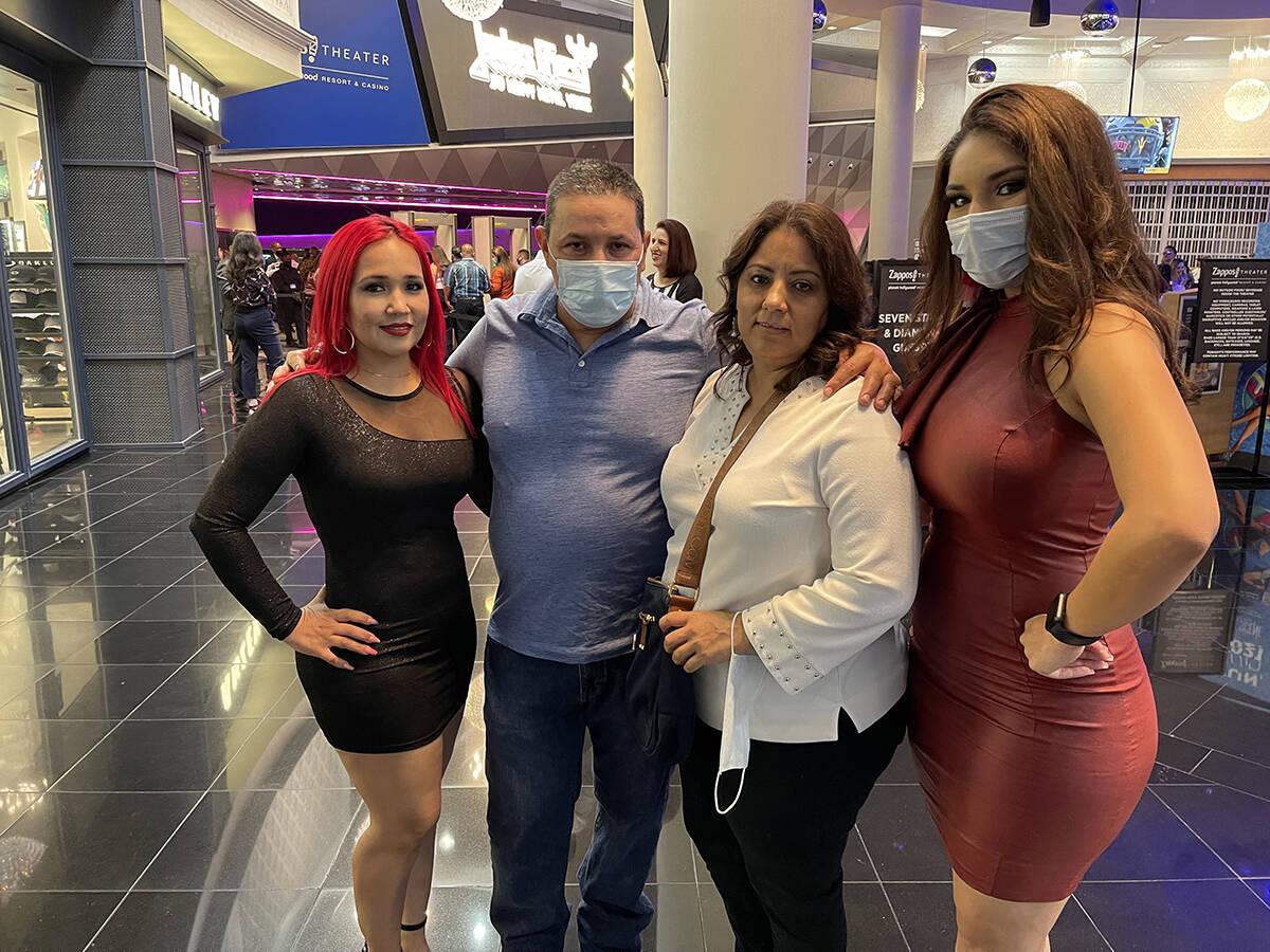 Pancho Barraza celebró en Las Vegas 30 años de trayectoria artística. En la foto Xayve Díaz ...