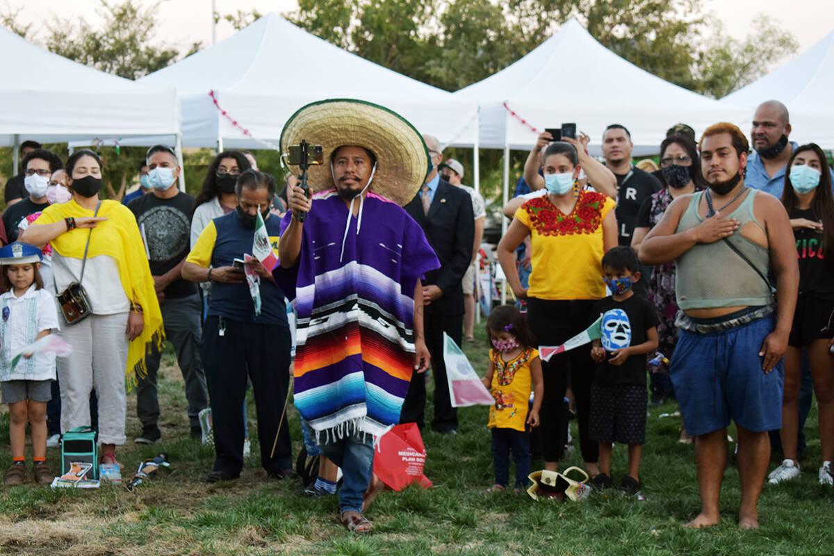 Los presentes disfrutaron la gran velada mexicana. El miércoles 15 de septiembre de 2021 en el ...