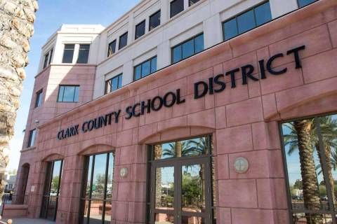 Edificio administrativo del Distrito Escolar del Condado Clark en 5100 W. Sahara Ave. en Las Ve ...