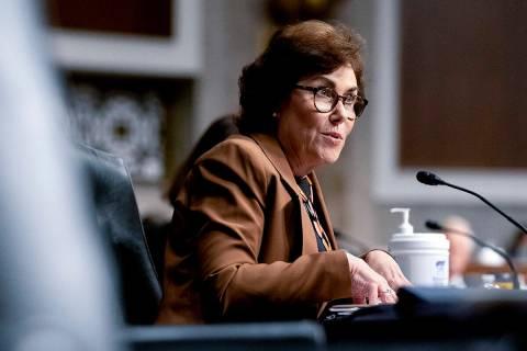 La senadora Jacky Rosen, demócrata por Nevada, habla durante una audiencia del Senate Armed Se ...