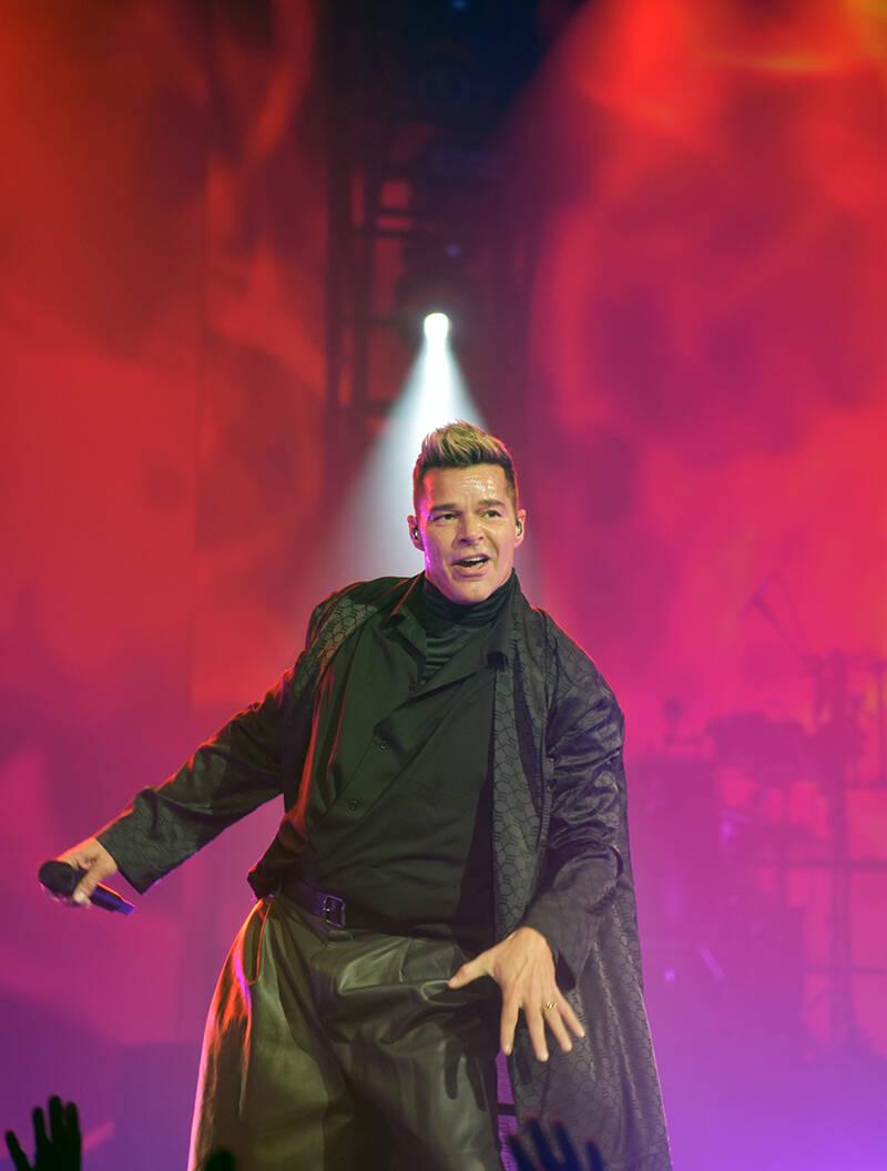 Desde que salió al escenario Ricky Martin bailó sin parar. El sábado 25 de septiembre de 202 ...