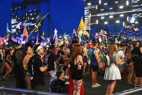 Archivo.- Miles de personas pudieron disfrutar de los mejores DJ's del mundo reunidos en un s ...