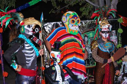 """El festival """"Vida en Muerte"""" dedicado celebrar el Día de los Muertos, cumple 20 años. En ..."""