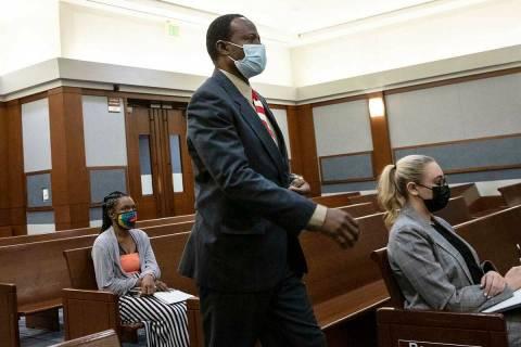 Arrold Geffrard Jean, asistente de enfermería acusado de agredir sexualmente a pacientes en un ...